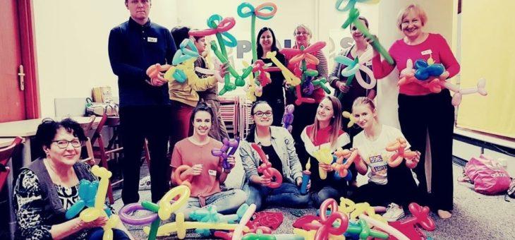 Akcja- Edukacja. Spotkania online dla wolontariuszy o pracy z dziećmi
